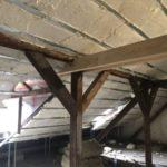Podkroví hotelu v Lokti zateplujeme izolací ICYNENE