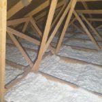 Zateplení stropu bungalovu izolace Icynene v Plzni