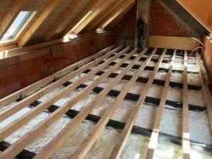 Zateplení stropu ve Hvozdnu izolací Icynene