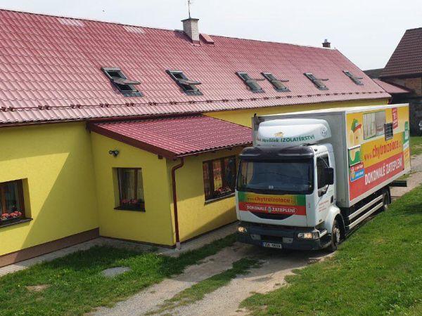 Izolace podkroví domu v Úněšově (okr. Plzeň)
