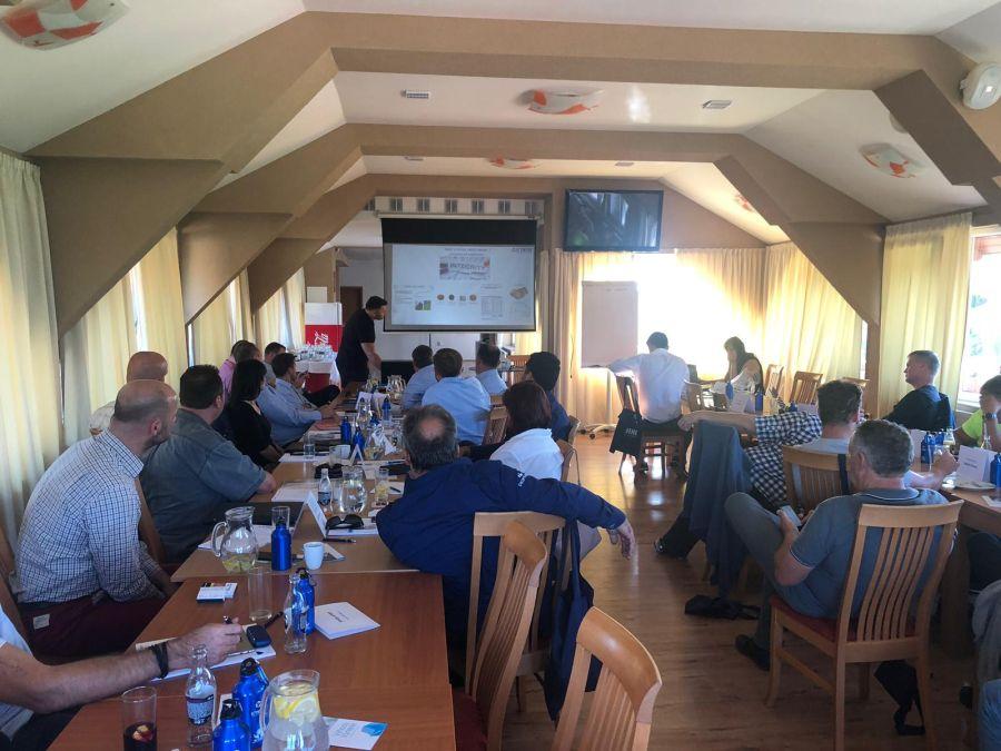 Setkání partnerů ICYNENE a školení v hotelu Allvet