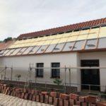 Zateplení střechy shora izolací Icynene