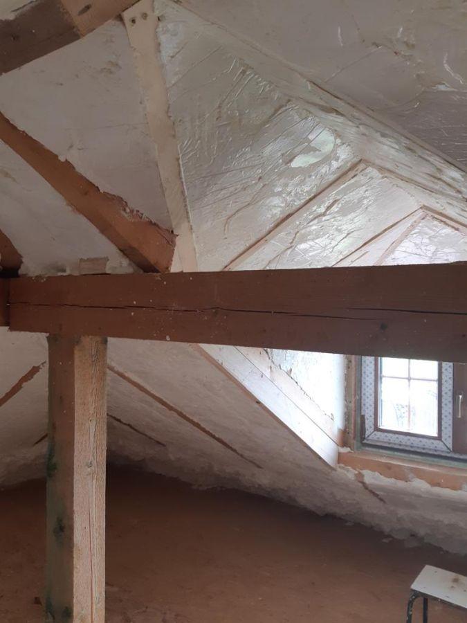 Zateplení podkroví izolací ICYNENE v obci Holostřevy