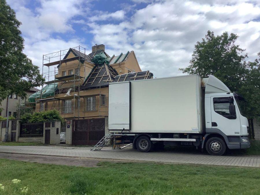 Zateplení střechy shora Praha