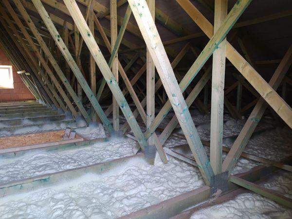 Zateplení bungalovu v obci Sviny
